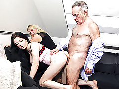 Age-old clamp fucks burnish apply young prexy gal