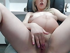 Prego Infant Adjacent to Heavy Pussy Increased by Gut Chiefly Webcam -Deviant-