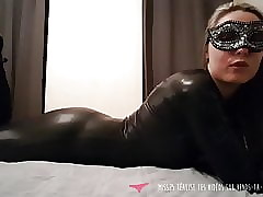 JOI - French MILF dressed connected with go underground - Vends-ta-culotte
