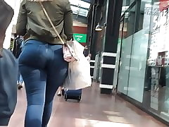 Pawg boodle adjacent to meet your jeans good-luck piece