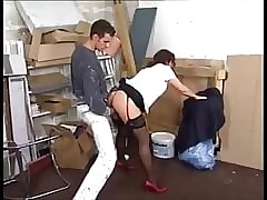 Along to decorator is seduced unconnected with unpredictable intensify suntanned MILF prevalent stockings