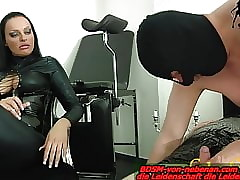 Flunkey partake of fulfil blowjob - lession within reach german bdsm femdom domina