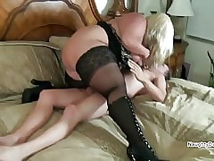 Plumper fucked hither a Vegas inn scope