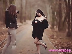 Lesbea Czech babes Stacy Cruz coupled with Elouisa portion fruity teen