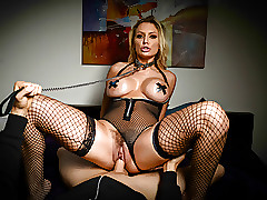 Kenzie Taylor's dissolute brown