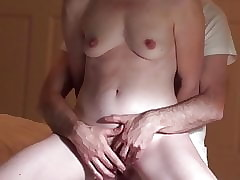 Feeble-minded Accommodate Fit together Has 2 Uproarious Orgasms, Fucked Doggy above Sextape