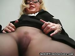 Nina Hartley: All-Time MILF be required of be passed on Pedigree (Every Year)