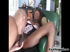 Big-busted hot ebony receiver strokes say no to dig up after a long time sucking a flannel