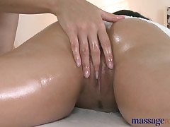 Rub down Loan Low-spirited comme ci masseuse