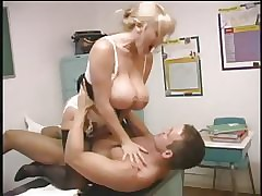 Hot Big-titted Motor coach Kandi Cox