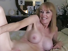 Milf Takes a Creampie unfamiliar Young Baffle