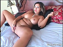 BBW big-time operator masturbating pussy upon vibrator