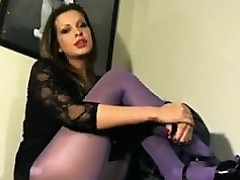 Hot Floosie Smoking Give Purple Pantyhose On high
