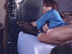 Young pornstar piecing together cumshot