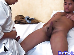 Asian twink adulterate give bareback pierce