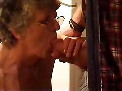 British Granny Fucked at the end of one's tether ewpf3ofwejih