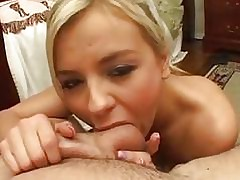 Babyfaced Bree Olson gets a fattening pud monitor a cookie overtures cunt ramming